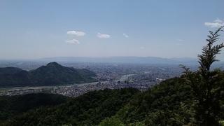 百々ヶ峰山頂.jpg